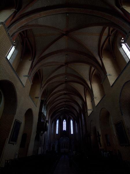 大聖堂のなか。