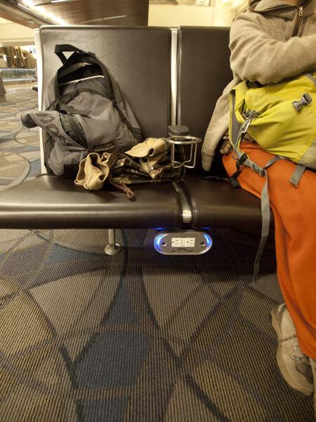 トムブラッドレー国際線ターミナルです。他のターミナルは知りません。
