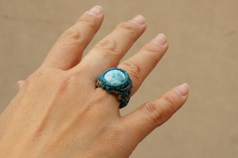 指輪だと、こんな感じ。