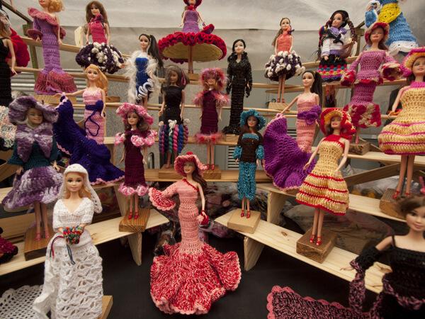 こういう人形とか服とか誰が買うんだろうかと眺めていたら、隣でYukoが欲しいと言ってた。