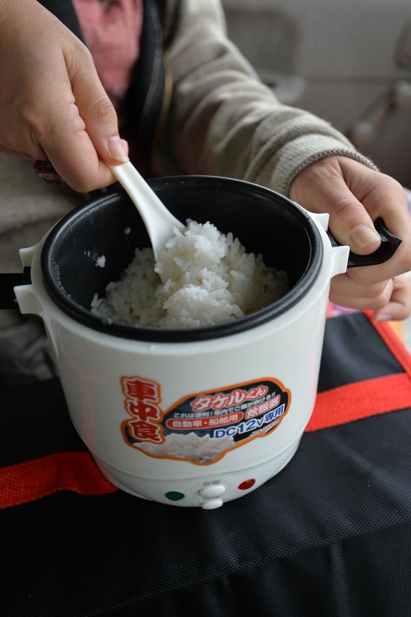 炊きあがったご飯は少々柔らかめ。