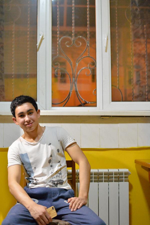 カザフスタンのアルマトイ出身。モスクワで旅行関係の勉強をする二十歳。