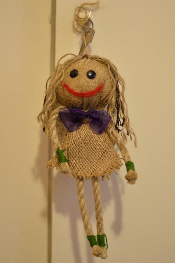 ロッシさんのおねえさんからいただいた人形。おばあちゃんからは、数珠を二本もいただいています。